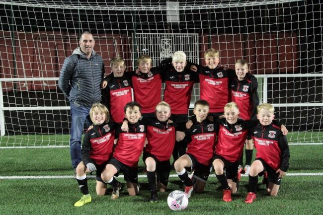 Clydebank 2008 youngsters fully kitted out thanks to new sponsors