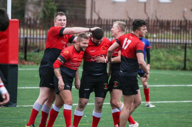 Clydebank battled against Paisley as well as the testing conditions to pick up a well-deserved 27-10 win