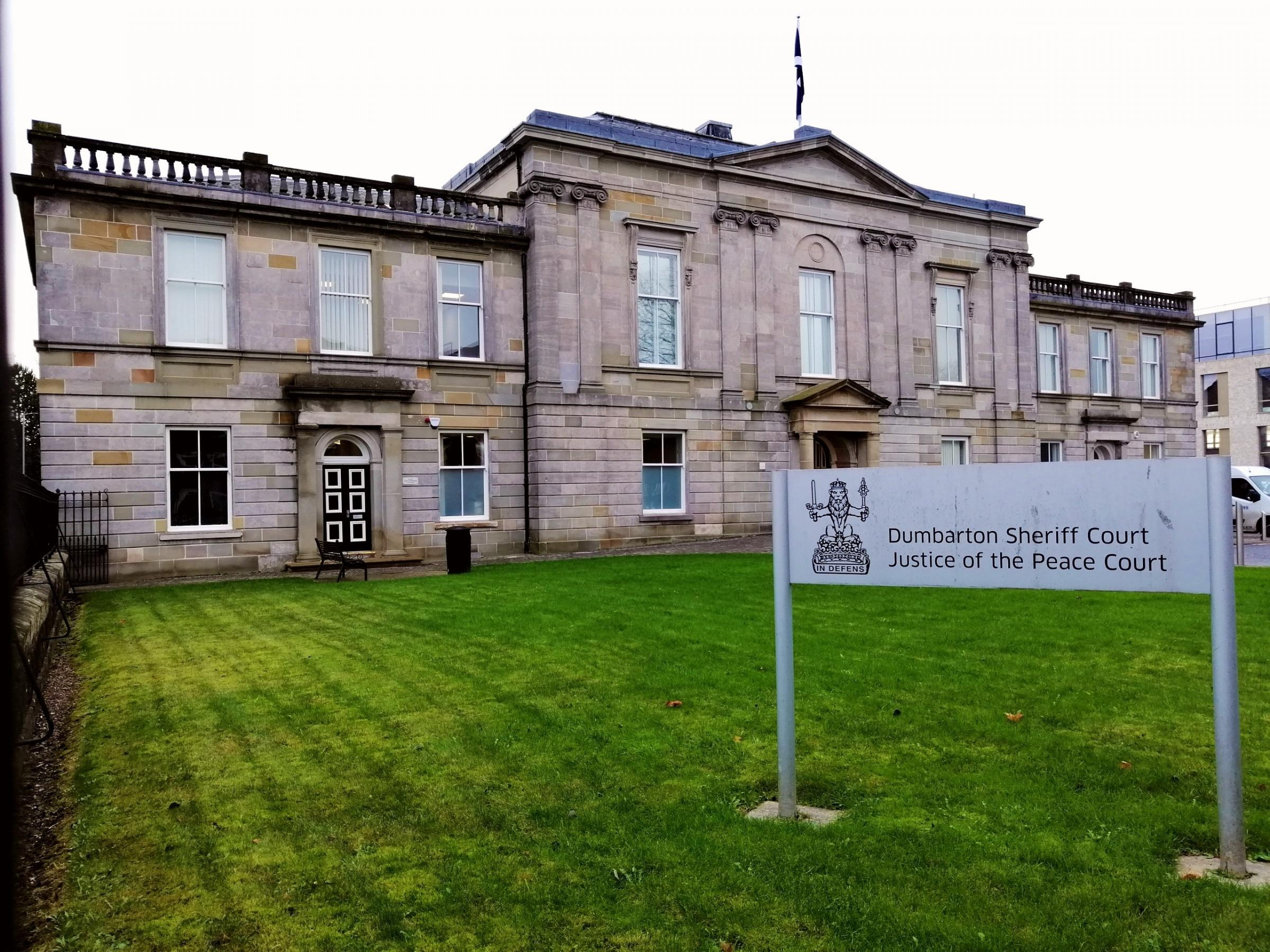 Clydebank teenager claims ex he headbutted in Old Kilpatrick provoked him