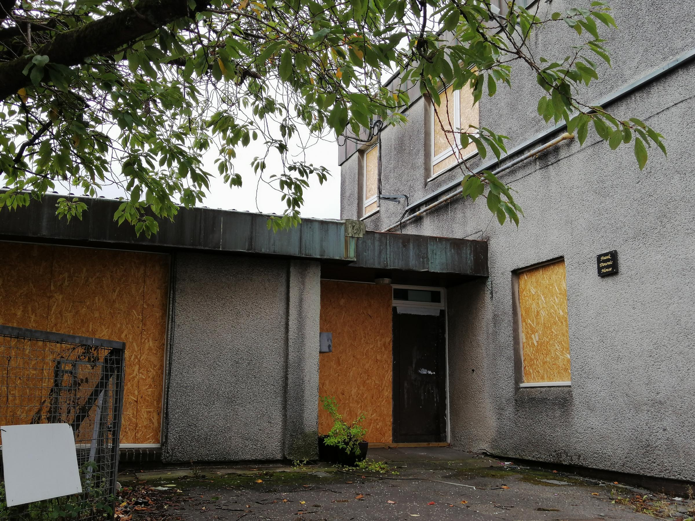 Frank Downie House: Sale of Dalmuir former care home is put on hold
