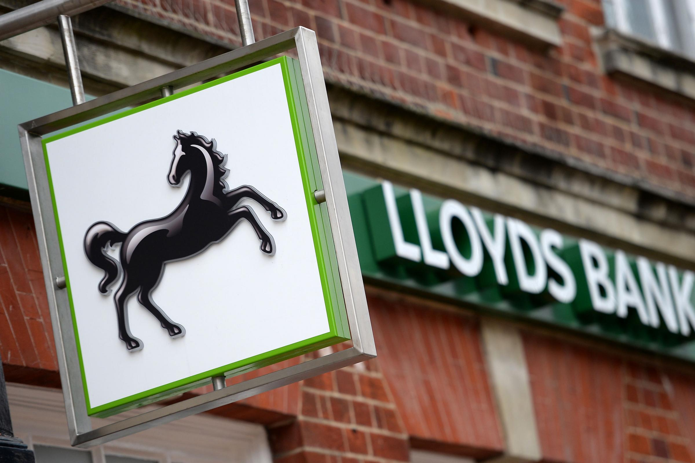 Jobs misery as Dalmuir and Scotstoun Lloyds branches among 49 closures