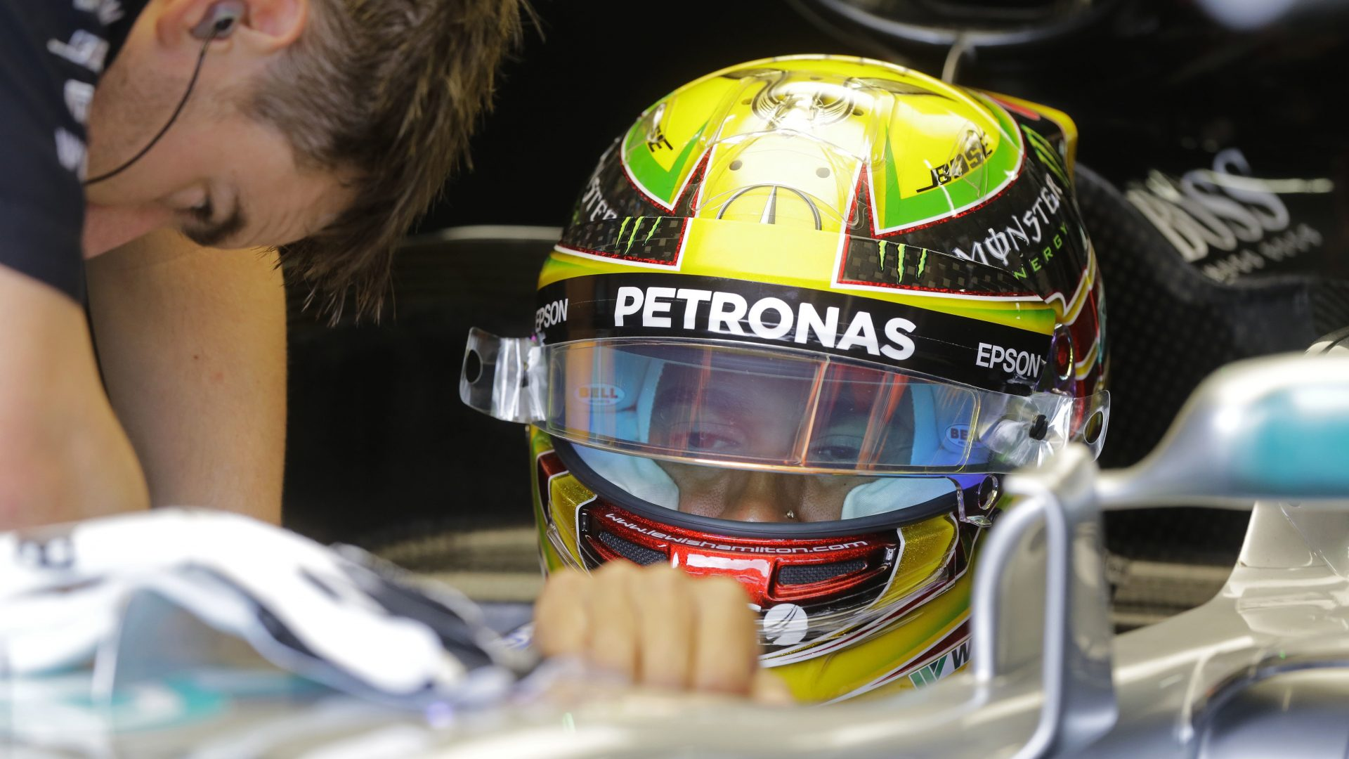 Lewis Hamilton crashed out of qualifying for the Brazilian Grand Prix