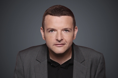 Kevin Bridges calls out West Dunbartonshire Council on grass cutting