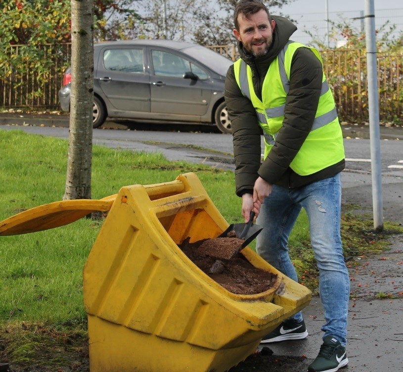 Volunteer Winter Warden, Peter Divers, gives up his own time to grit around Drumchapel Community Centre when freezing weather hits