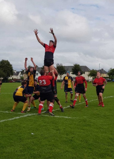 Bank win the line-out